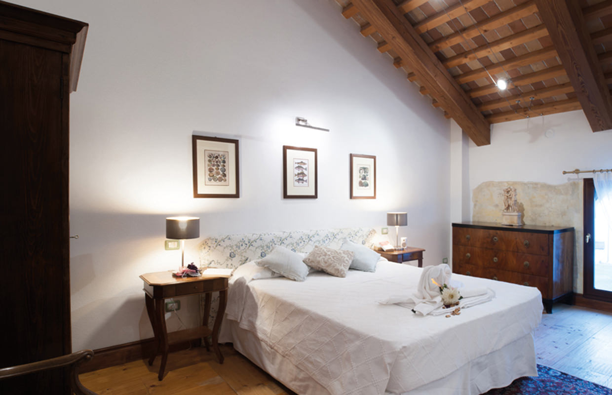 """""""Chiostro"""" room (double with bathroom)."""